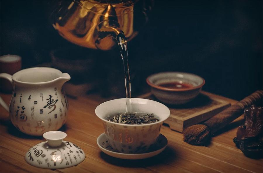 【ハゲ速報】緑茶を飲んでも塗っても髪が生えると発表される!!!【何度目だハゲ】