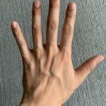 イケメンって「手」を見ただけでわかるよな?
