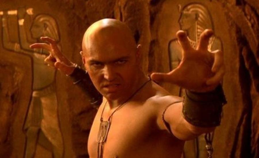 エジプトが舞台でハゲが「ハナクソ食う~」みたいに叫ぶ映画の名前が思い出せん