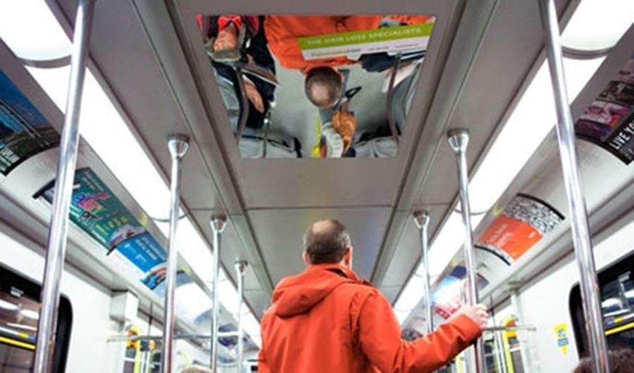 【ハゲ速報】高校生なのにハゲてる奴が電車乗ってる