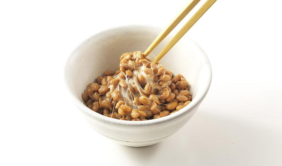 【ハゲ速報】毎朝納豆食べてたらマジで「髪の毛」生えてきたwww