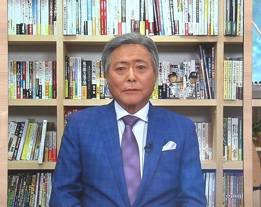 【ヅラ速報】とくダネの小倉さんの髪型、なんか不自然