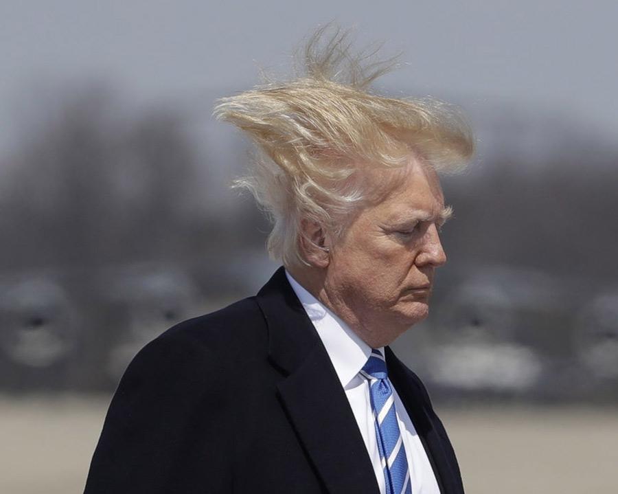 【悲報】トランプさん、大統領選挙で負けたストレスでわずか1週間で髪が白髪に!