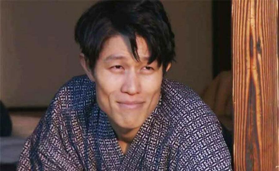 【超悲報】鈴木亮平さん、役の為にとんでもない事になる(画像あり)