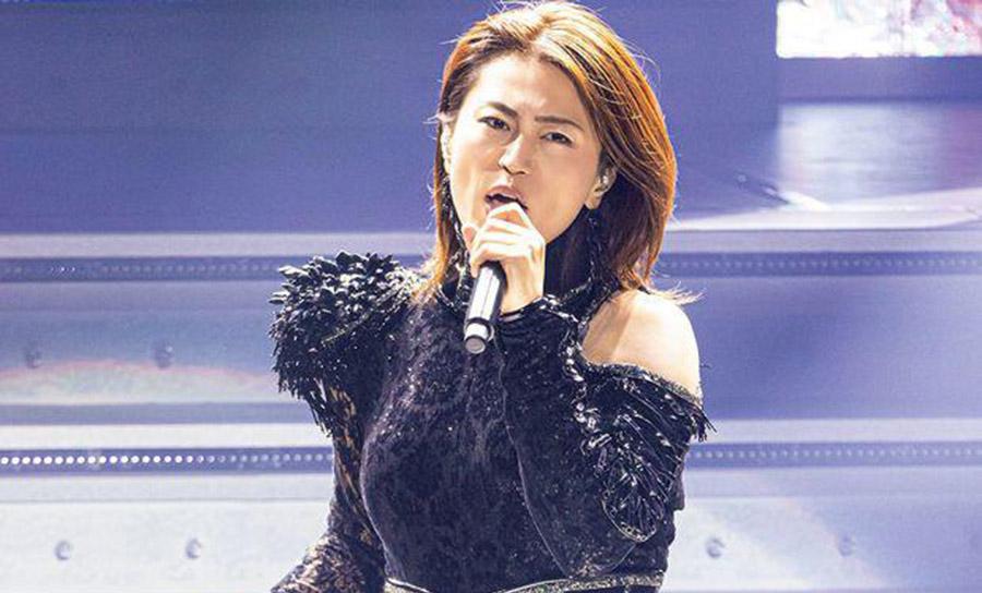 【超画像】氷川きよし子(46)さん、とんでもない雑誌のトップを飾るwww