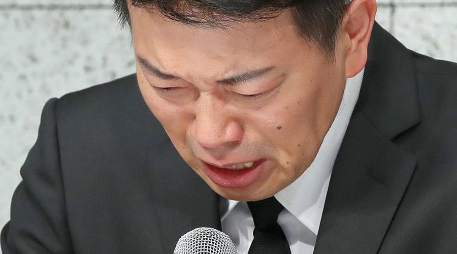 【動画】宮迫博之さん、バースデー生配信中に号泣してしまう