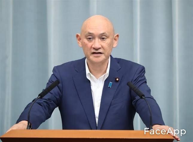 【朗報】菅首相、ピッカピカになる(画像あり)